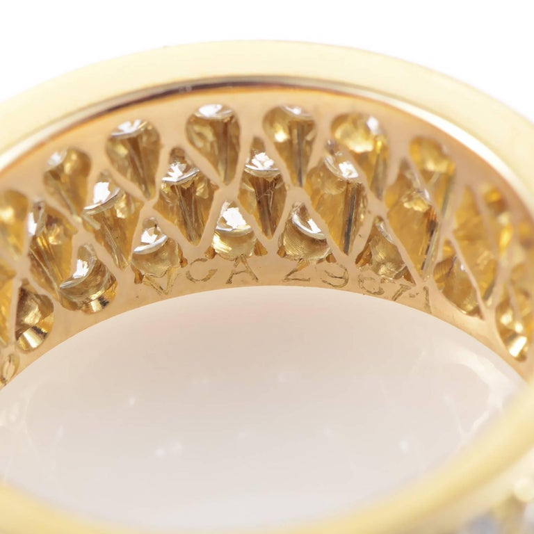 Van Cleef & Arpels Diamond Pave 18 Karat Yellow Gold Eternity Band Ring For Sale 1