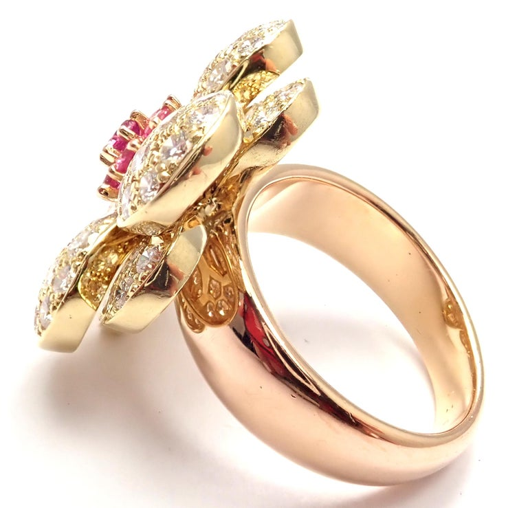 Women's or Men's Van Cleef & Arpels Diamond Pink Sapphire Flower Rose Gold Ring For Sale