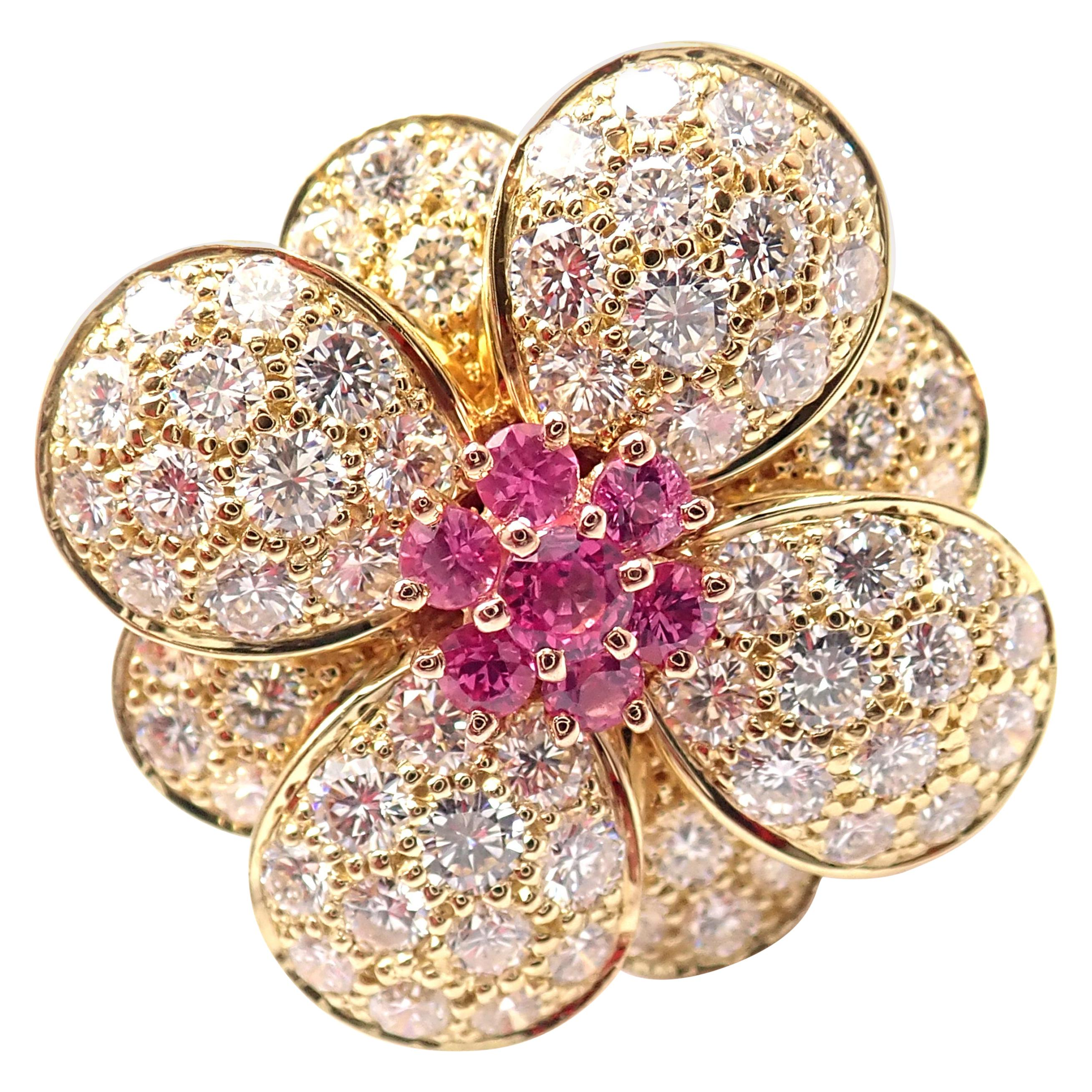 Van Cleef & Arpels Diamond Pink Sapphire Flower Rose Gold Ring