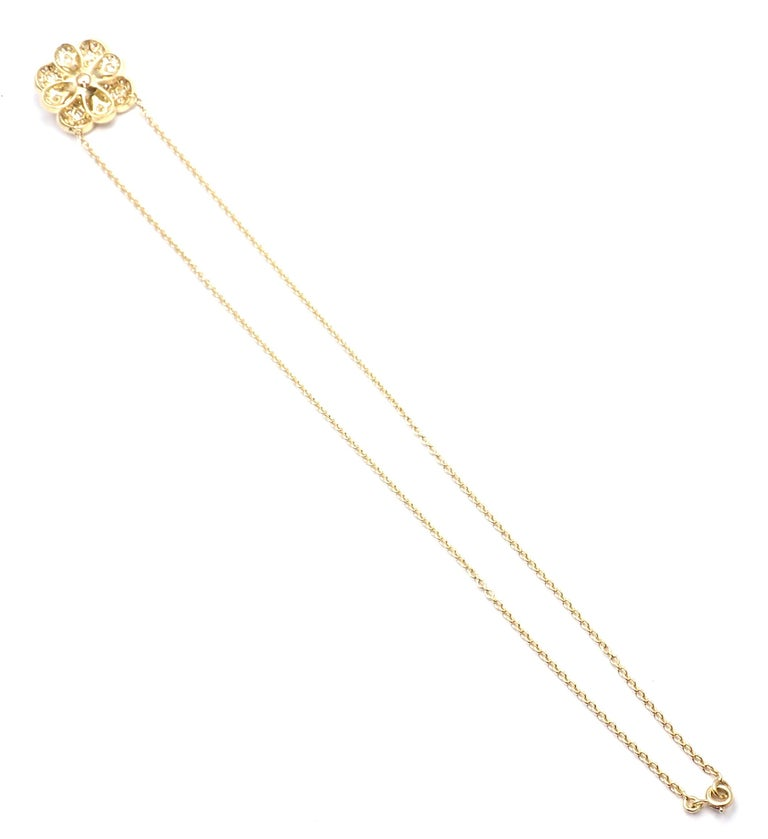 Van Cleef & Arpels Diamond Pink Sapphire Flower Yellow Gold Pendant Necklace For Sale 5