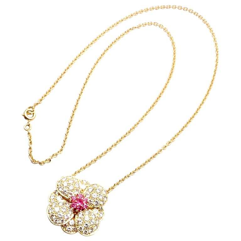 Van Cleef & Arpels Diamond Pink Sapphire Flower Yellow Gold Pendant Necklace For Sale