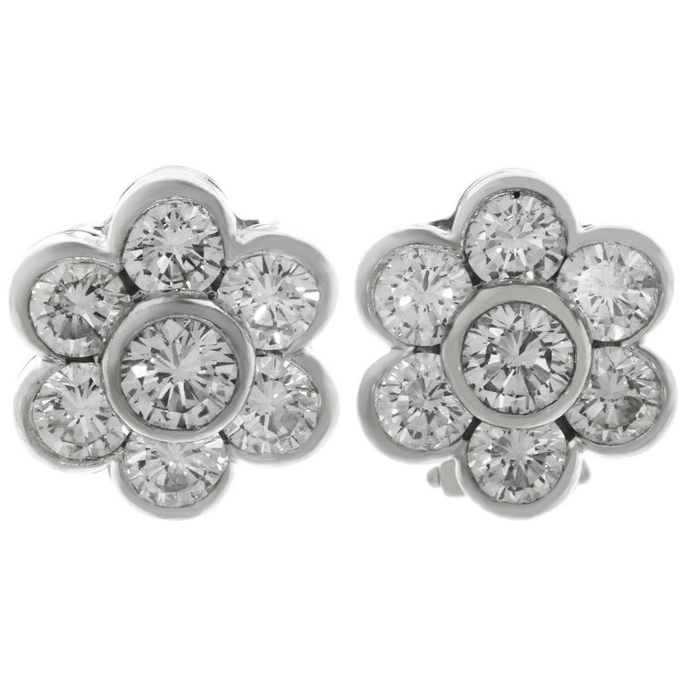 Van Cleef & Arpels Diamond Platinum Flower Earrings For Sale