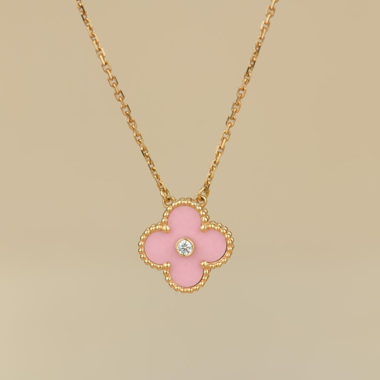 18K Rose Gold Limited Edition Alhambra Diamond And Pink Porcelain Necklace was released in 2015 Christmas as the holiday pendant. VCA doesn't create this version anymore, a truly collective piece!  Dandelion Antiques CodeAT-0849 Brand