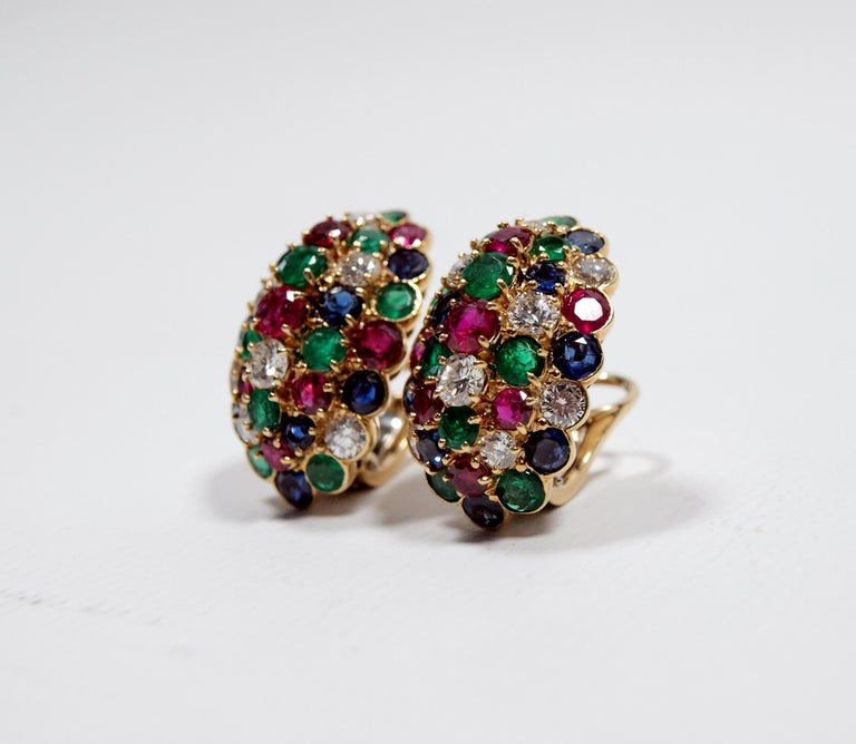 Van Cleef & Arpels Yellow Gold Diamond Ruby Sapphire and Emerald Earclips In Good Condition For Sale In Kent, GB
