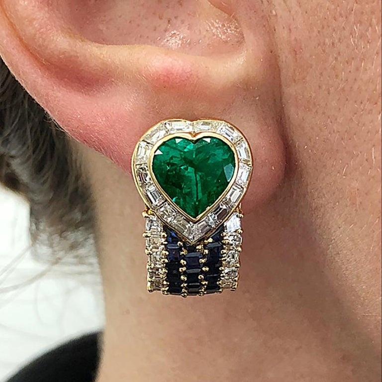 VAN CLEEF & ARPELS Heart Emerald Sapphire Diamond Earrings In Good Condition For Sale In New York, NY