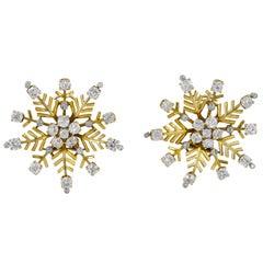 Van Cleef & Arpels Diamond Yellow Gold Snowflakes Ear Clips