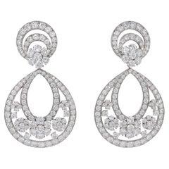 Van Cleef & Arpels Diamond Snowflakes Gold Earrings