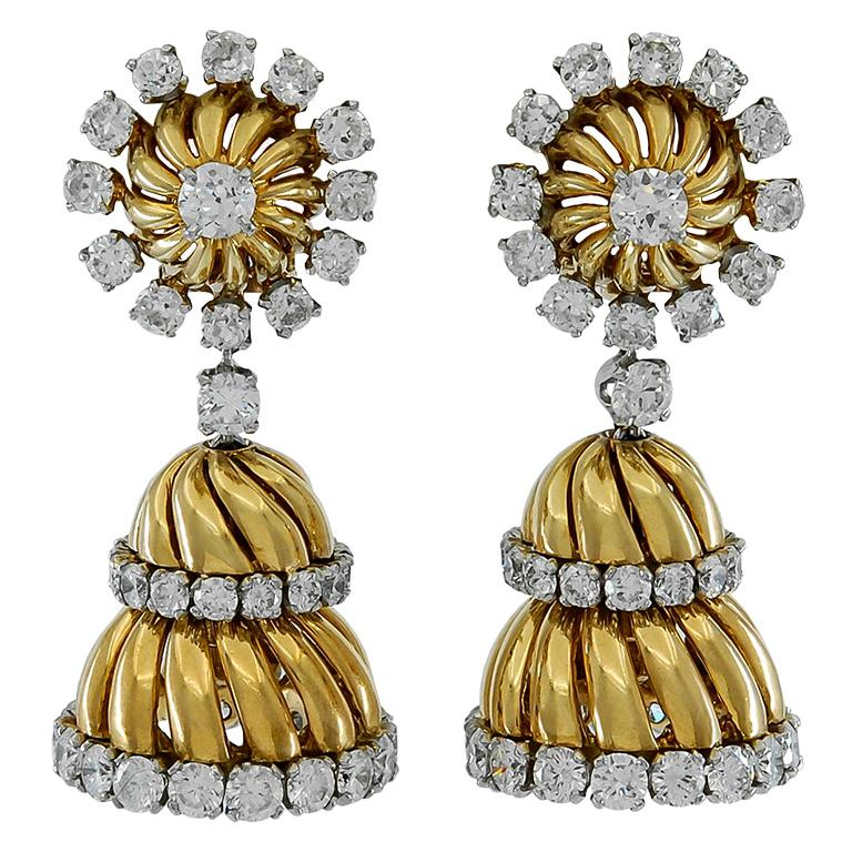 Van Cleef & Arpels Diamond Tassel Earrings For Sale