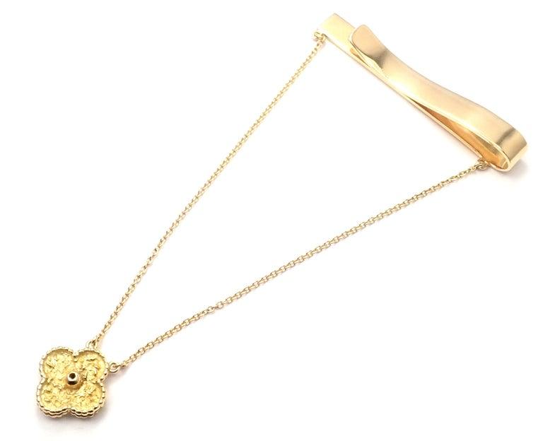 Brilliant Cut Van Cleef & Arpels Diamond Vintage Alhambra Yellow Gold Tie Clip For Sale