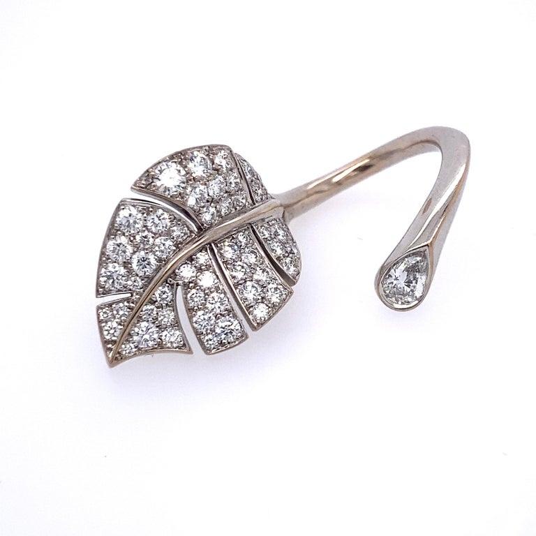 Round Cut Van Cleef & Arpels Diamond 'Virevolte' Ring For Sale