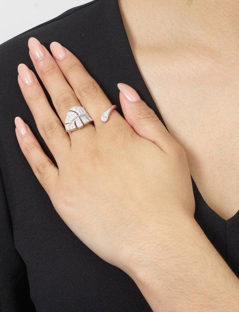 Van Cleef & Arpels Diamond 'Virevolte' Ring For Sale 1