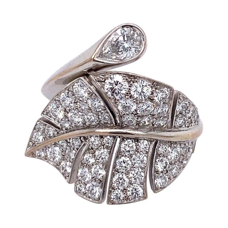 Van Cleef & Arpels Diamond 'Virevolte' Ring For Sale