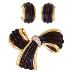 Van Cleef & Arpels Diamond Wood Bow Brooch Ear Clips Suite