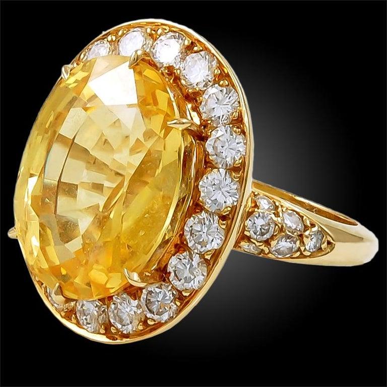 Women's Van Cleef & Arpels Diamond Yellow Sapphire Necklace Suite For Sale