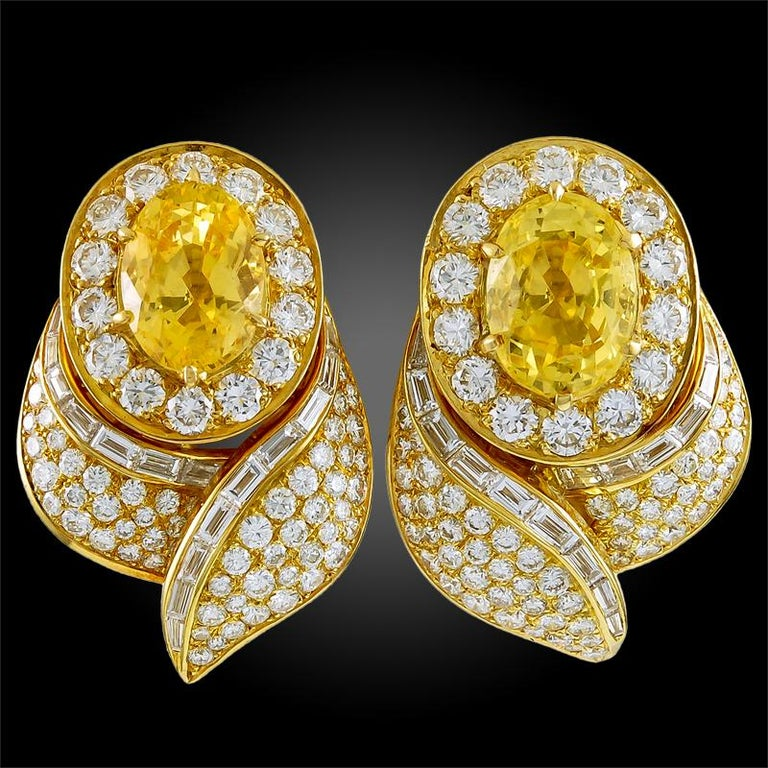 Van Cleef & Arpels Diamond Yellow Sapphire Necklace Suite For Sale 2