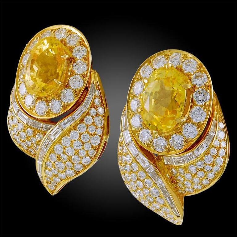 Van Cleef & Arpels Diamond Yellow Sapphire Necklace Suite For Sale 3