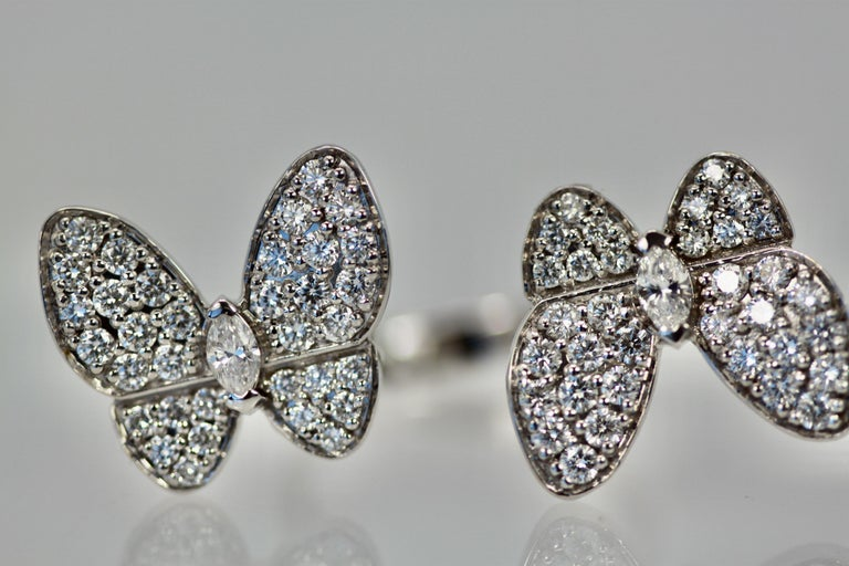 Modern Van Cleef & Arpels Double Butterfly Diamond Ring For Sale