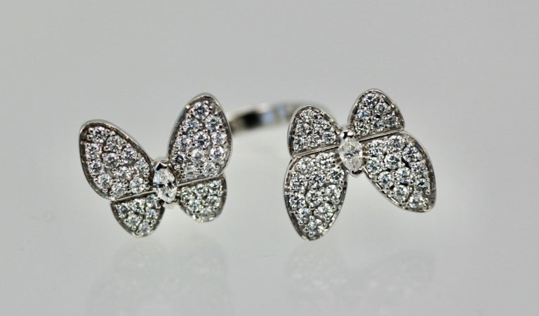 Brilliant Cut Van Cleef & Arpels Double Butterfly Diamond Ring For Sale