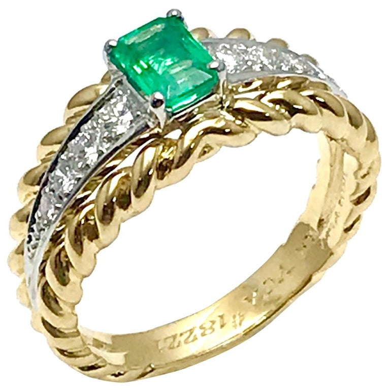 Van Cleef & Arpels Emerald and Diamond Platinum and Yellow Gold Ring For Sale