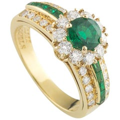 Van Cleef & Arpels Emerald and Diamond Ring