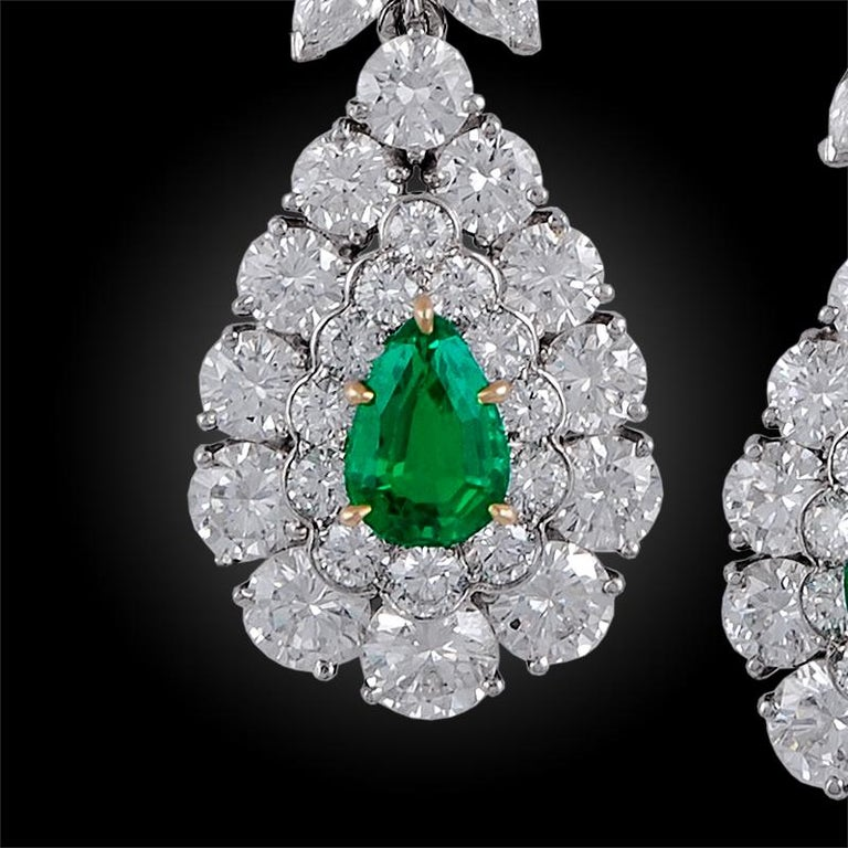 Pear Cut Van Cleef & Arpels Emerald and Diamond Earrings For Sale