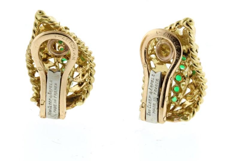 Round Cut Van Cleef & Arpels Emerald Wing Earrings For Sale