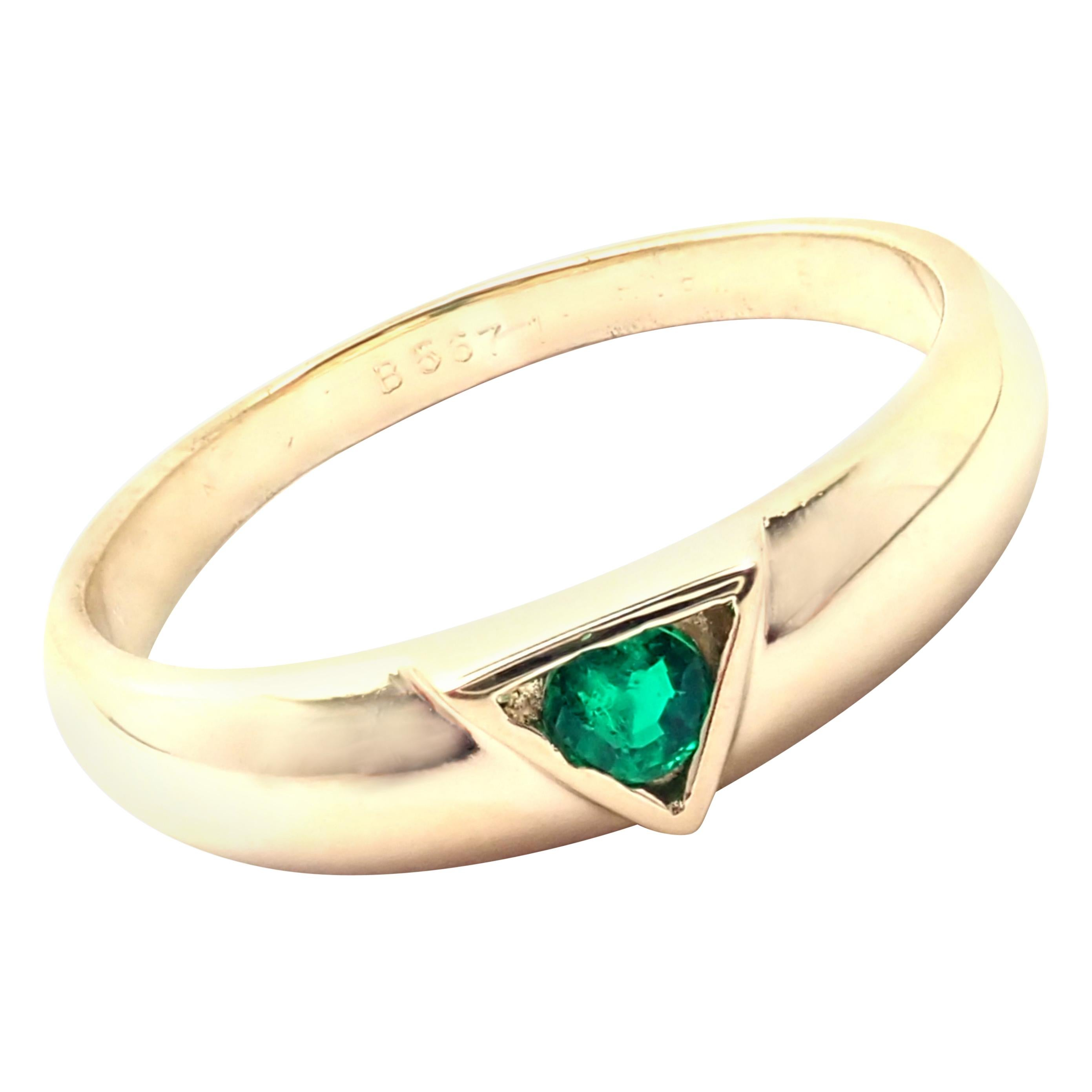 Van Cleef & Arpels Emerald Yellow Gold Band Ring