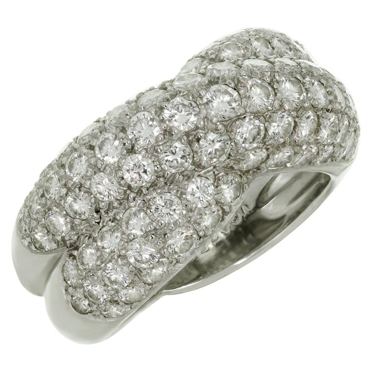 Van Cleef & Arpels Entrelacs Diamond White Gold Ring For Sale