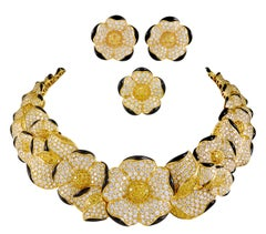 Van Cleef & Arpels Fancy Yellow, White Diamonds, Onyx Flower Necklace Suite