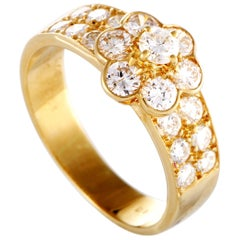 Van Cleef & Arpels Fleurette 18 Karat Yellow Gold Diamond Flower Ring