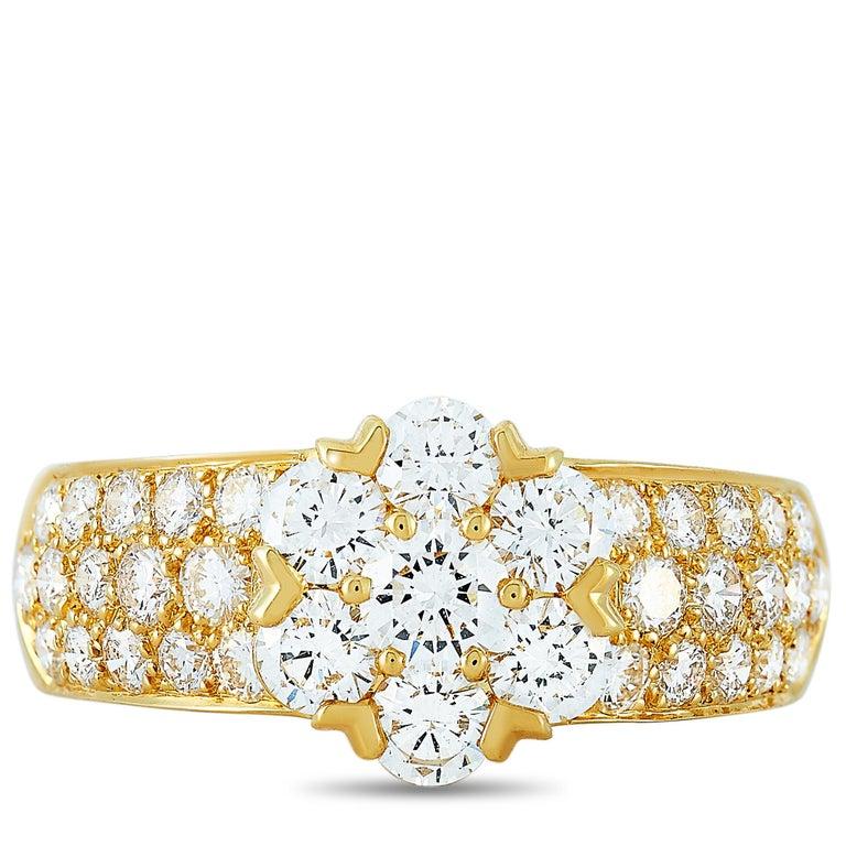 Women's Van Cleef & Arpels Fleurette 18 Karat Yellow Gold 1.50 Carat Diamond Ring
