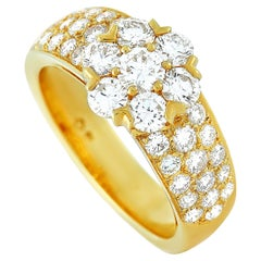 Van Cleef & Arpels Fleurette 18 Karat Yellow Gold 1.50 Carat Diamond Ring