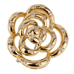 Van Cleef & Arpels Flower Diamond Gold Brooch