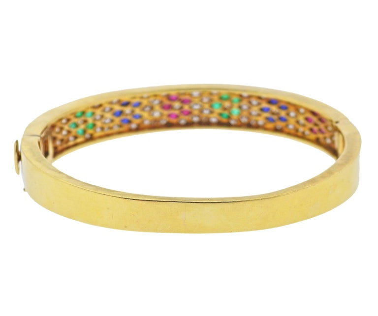 Round Cut Van Cleef & Arpels Flower Emerald Sapphire Ruby Diamond Gold Bangle Bracelet For Sale