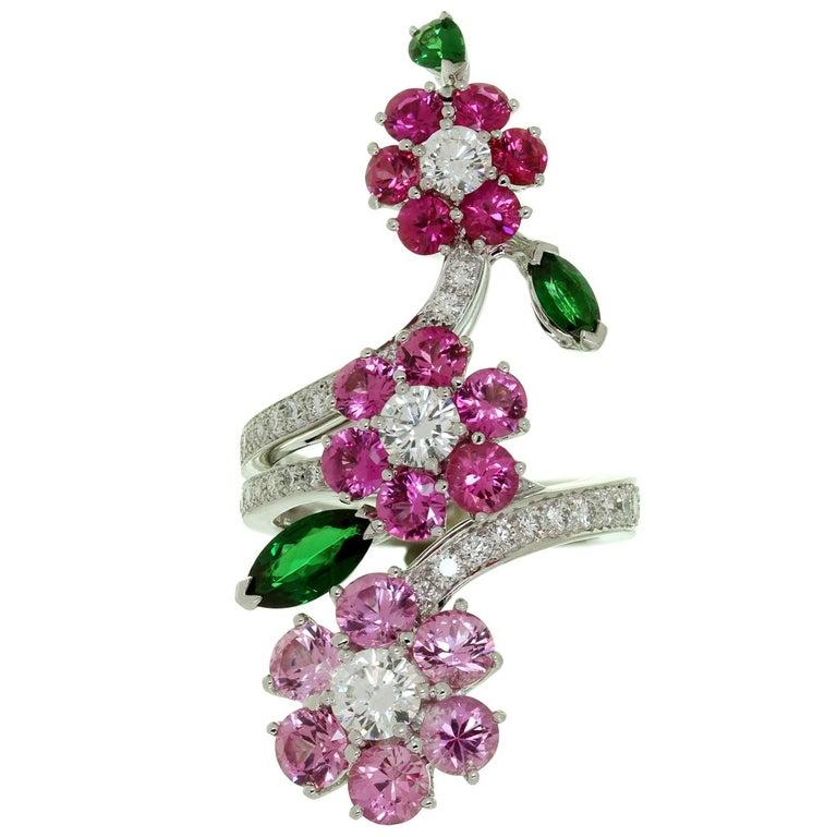 Van Cleef & Arpels Folie des Près Pink Sapphire Diamond White Gold Ring For Sale 1
