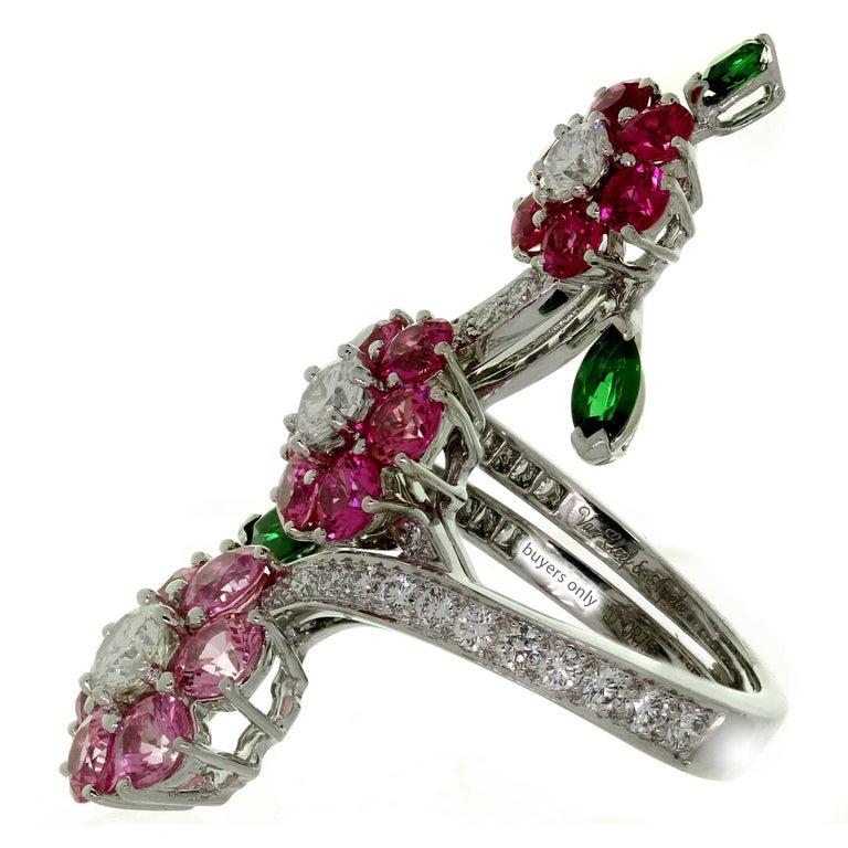 Van Cleef & Arpels Folie des Près Pink Sapphire Diamond White Gold Ring For Sale 3