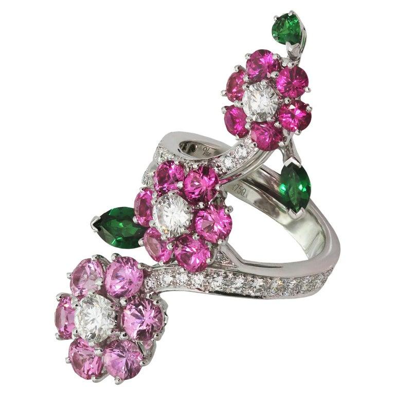 Van Cleef & Arpels Folie des Près Pink Sapphire Diamond White Gold Ring For Sale