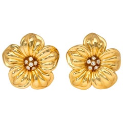 Van Cleef & Arpels, France Estate Gold and Diamond Flower Motif Clip Earrings