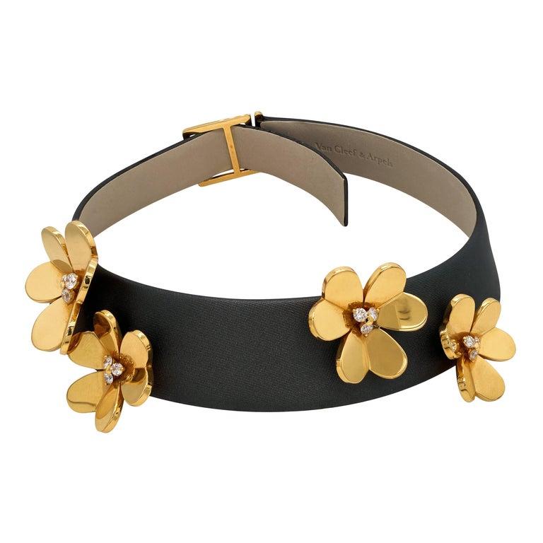 Van Cleef & Arpels Frivole 18 Karat Yellow Gold Diamond Collar Choker Necklace For Sale