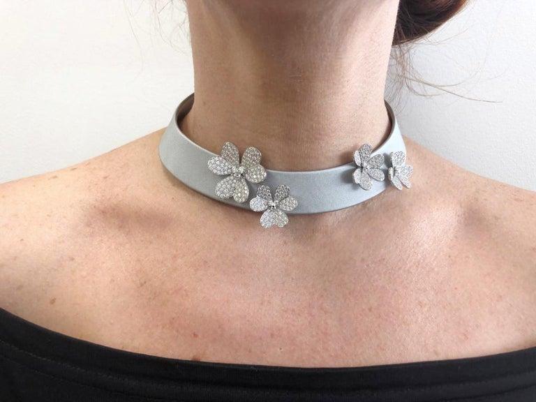 Round Cut Van Cleef & Arpels Frivole Diamond Collar Necklace For Sale