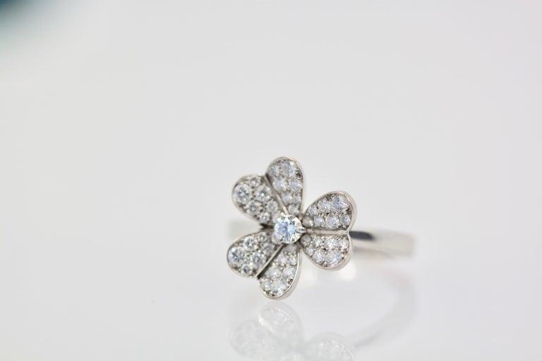 Round Cut Van Cleef & Arpels Frivole Diamond Ring For Sale