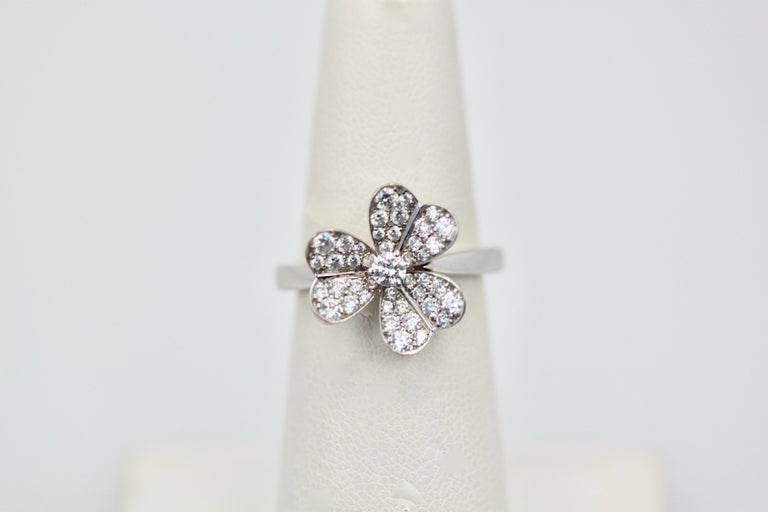 Van Cleef & Arpels Frivole Diamond Ring In Excellent Condition For Sale In North Hollywood, CA