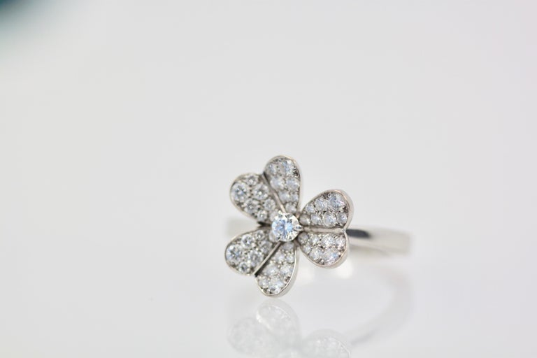 Van Cleef & Arpels Frivole Diamond Ring For Sale 3