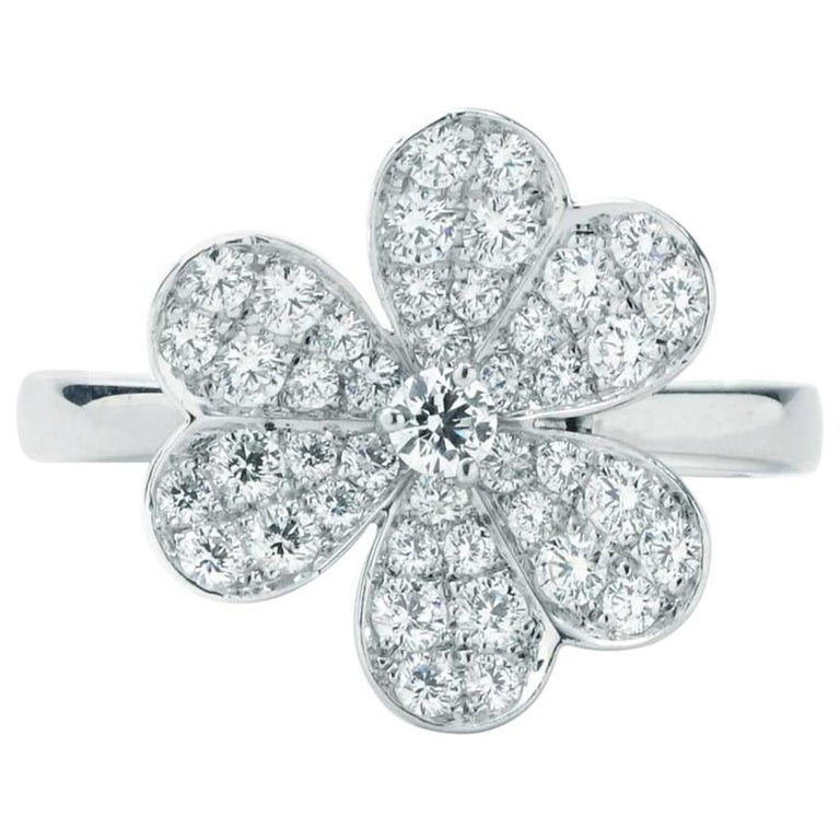 Van Cleef & Arpels Frivole Ring in White Gold with Diamonds VCARD31600 For Sale