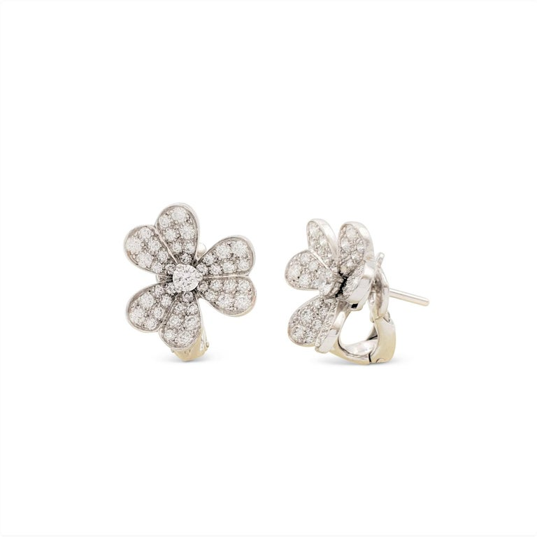 Van Cleef & Arpels 'Frivole' White Gold and Diamond Earrings, Small Model For Sale 1