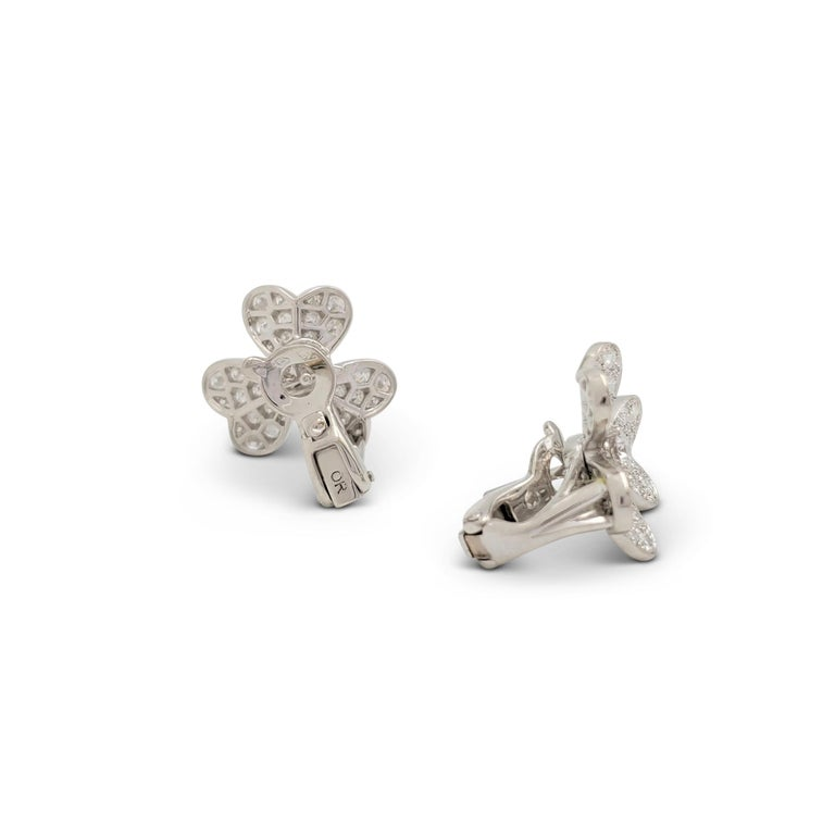 Van Cleef & Arpels 'Frivole' White Gold and Diamond Earrings, Small Model For Sale 2