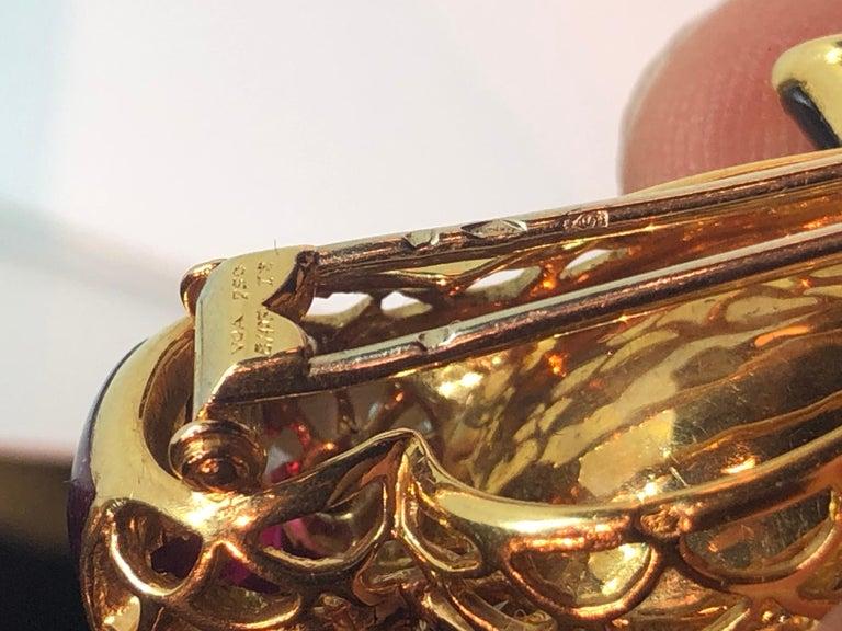 Round Cut Van Cleef & Arpels Gemstone Diamond Yellow Gold Owl Pin Brooch For Sale