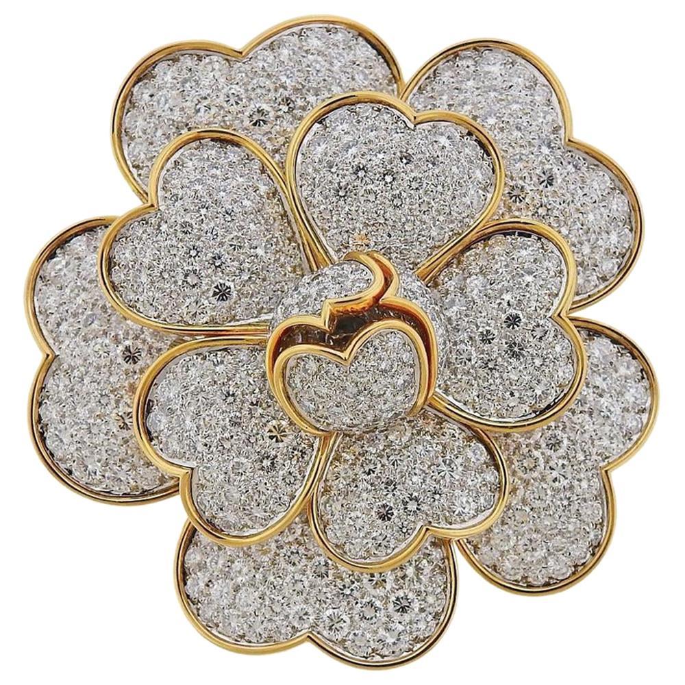 Van Cleef & Arpels Gold 17.95 Carat Diamond
