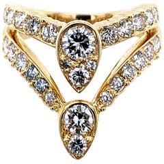 Van Cleef & Arpels Gold and Diamond Teardrop Ring