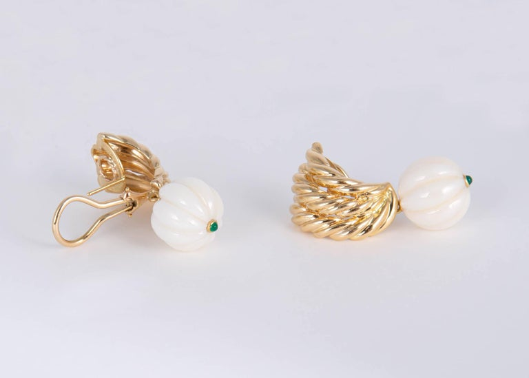 Classic Van Cleef & Arpels. Rich gold fluted white coral and vivid green chrysophase are combined in a beautiful vintage VCA design. 1 3/8's of an inch in length.  The coral measures 13.6 mm